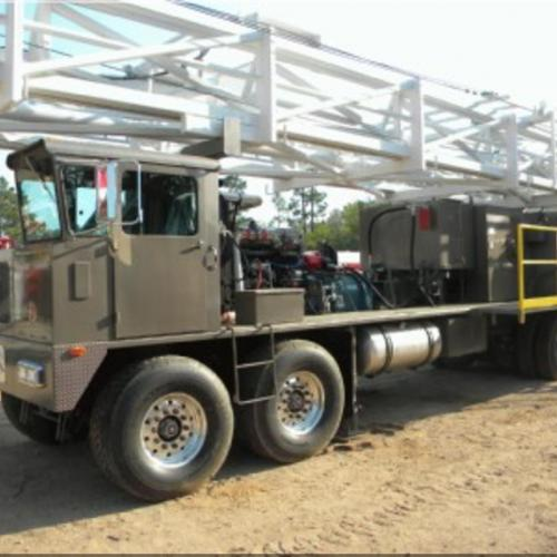 Well Service - Workover Rig  550hp     Cooper style