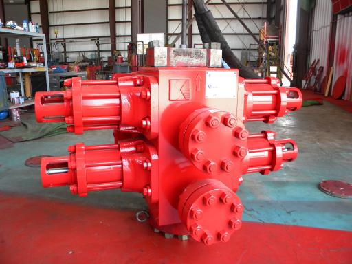 BOP-Double%20RAM%20Shenkai%207%20inch%20X%205000PSI%20-for%20well%20service.JPG
