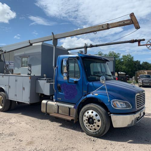 2007 Truck mounted slick-line  Quick rig